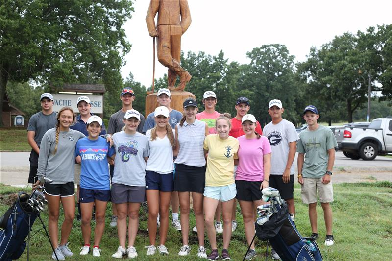 Bulldogs and Lady Bulldog Golf Team