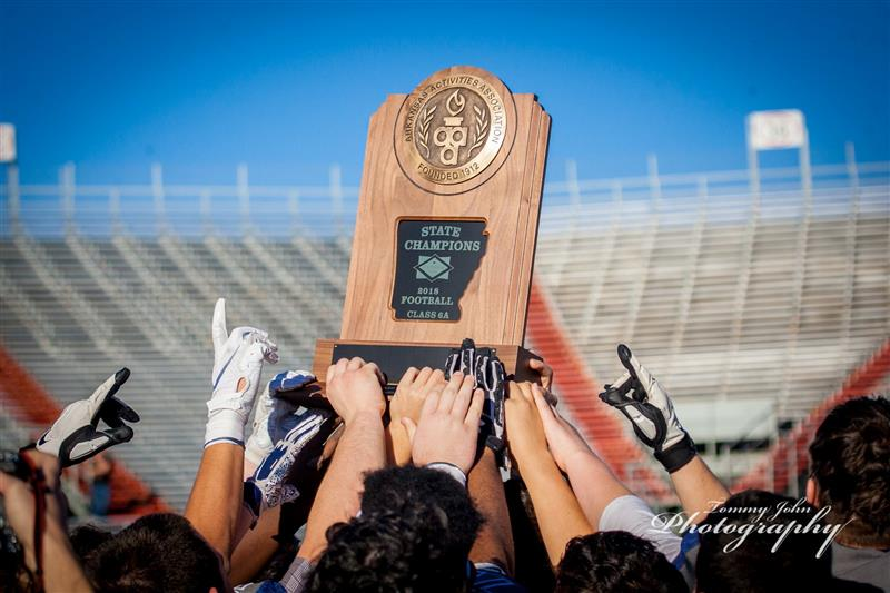 Bulldogs retain state title after 45-14 win over Benton